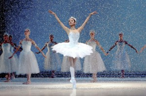 CZAJKOWSKI - Nutcracker (San Francisco Ballet) / 2 DVD - 2h 12' / subtitles: FR/DE/ES/IT